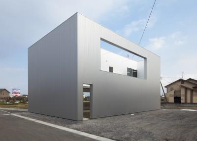 Cave-House-Eto-Kenta-Atelier_2-400x285